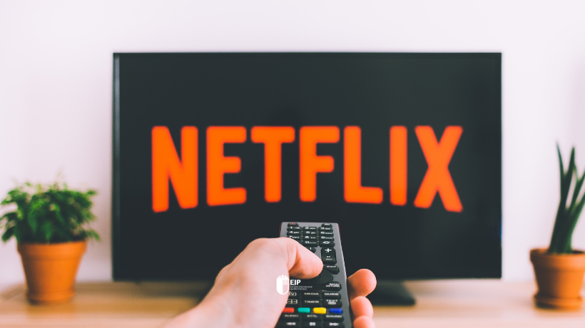 Portada con imagen de Netflix para post sobre las mejores series de protocolo y organización de eventos